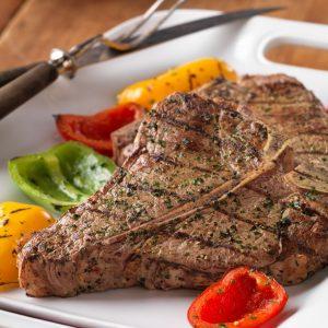 أطباق ينصح مشاهير الطهاة بعدم تناولها المطاعم